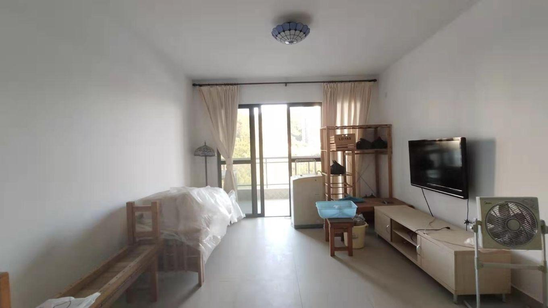 三亚市中心大两房 92.61平 240万 性价比高 地段优越