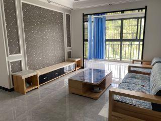三亚凤凰花苑小区 高层 3+1房 精装修 拎包入住