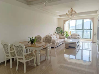 市区 迎宾路卓达巴哈马旁 精装三房 品质小区 拎包入住