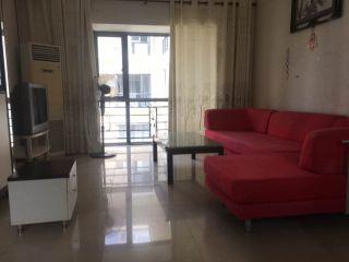好房出租!三亚市区 超大3房只租4500一月 超大空间住着舒适